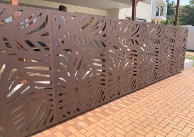 Daintree Deco Screen Privacy Wall